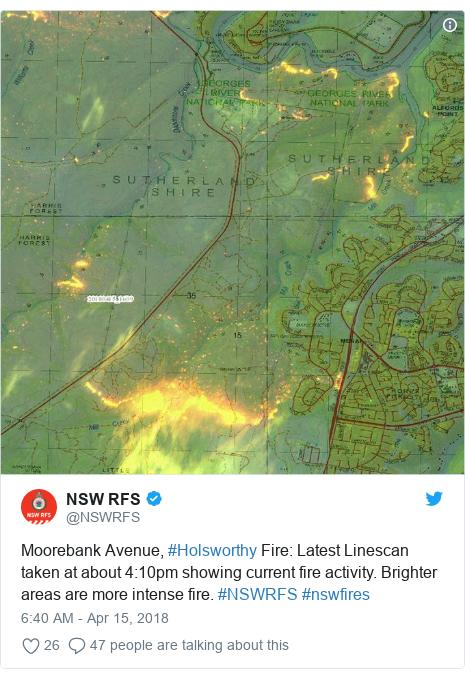 Australia bushfire threatens Sydney suburbs homes - BBC News
