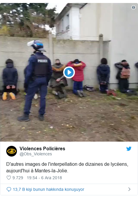 @Obs_Violences tarafından yapılan Twitter paylaşımı: D'autres images de l'interpellation de dizaines de lycéens, aujourd'hui à Mantes-la-Jolie.