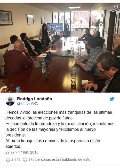 Publicación de Twitter por @TimoFARC: Hemos vivido las elecciones más tranquilas de las últimas décadas, el proceso de paz da frutos. Es momento de la grandeza y la reconciliación, respetamos la decisión de las mayorías y felicitamos al nuevo presidente.Ahora a trabajar, los caminos de la esperanza están abiertos.