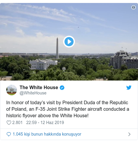 @WhiteHouse tarafından yapılan Twitter paylaşımı: In honor of today's visit by President Duda of the Republic of Poland, an F-35 Joint Strike Fighter aircraft conducted a historic flyover above the White House!