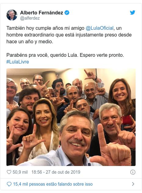 Twitter post de @alferdez: También hoy cumple años mi amigo @LulaOficial, un hombre extraordinario que está injustamente preso desde hace un año y medio.Parabéns pra você, querido Lula. Espero verte pronto. #LulaLivre