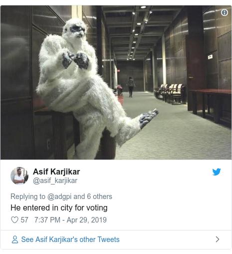 Twitter post by @asif_karjikar: He entered in city for voting