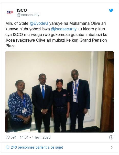 Twitter publication par @iscosecurity: Min. of State @EvodeU yahuye na Mukamana Olive ari kumwe n'ubuyobozi bwa @iscosecurity ku kicaro gikuru cya ISCO mu rwego rwo gukomeza gusaba imbabazi ku ikosa ryakorewe Olive ari mukazi ke kuri Grand Pension Plaza.