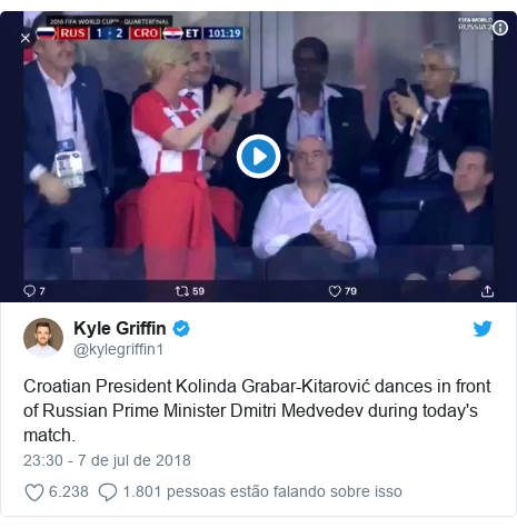 Twitter post de  kylegriffin1  Croatian President Kolinda Grabar-Kitarović  dances in front of e13556864fa9c