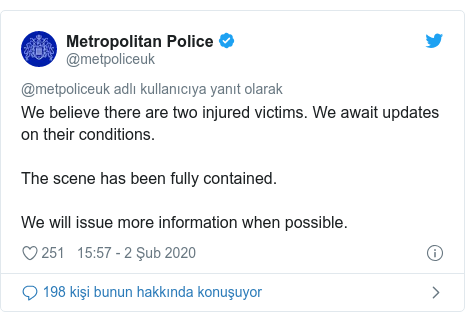 @metpoliceuk tarafından yapılan Twitter paylaşımı: We believe there are two injured victims. We await updates on their conditions. The scene has been fully contained. We will issue more information when possible.