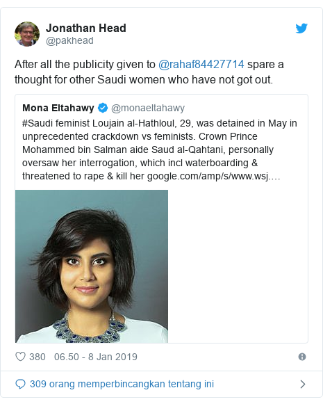Twitter pesan oleh @pakhead: After all the publicity given to @rahaf84427714 spare a thought for other Saudi women who have not got out.