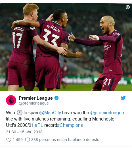 Publicación de Twitter por @premierleague: With 🕙 to spare@ManCity have won the @premierleague title with five matches remaining, equalling Manchester Utd's 2000/01 #PL record#Champions