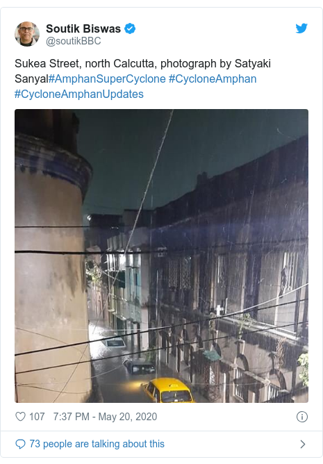 Twitter post by @soutikBBC: Sukea Street, north Calcutta, photograph by Satyaki Sanyal#AmphanSuperCyclone #CycloneAmphan #CycloneAmphanUpdates