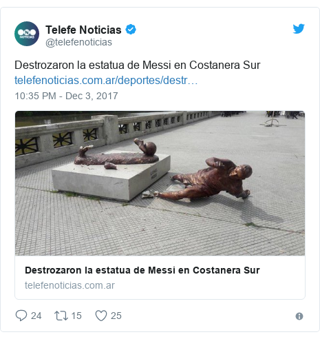 Twitter post by @telefenoticias: Destrozaron la estatua de Messi en Costanera Sur
