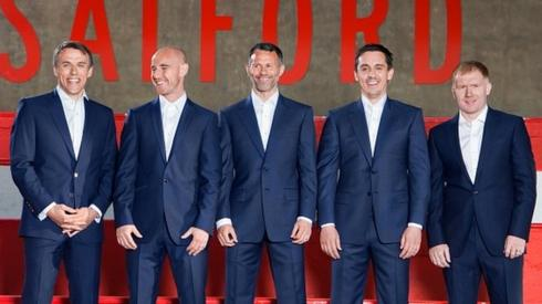 Phil Neville, Nicky Butt, Ryan Giggs, Gary Neville and Paul Scholes