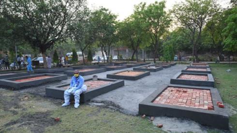 Platforms being built outside the Sarai Kale Khan crematorium