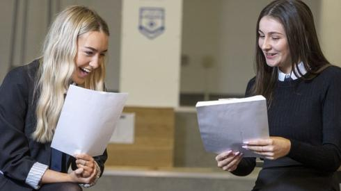 Pupils receive their results
