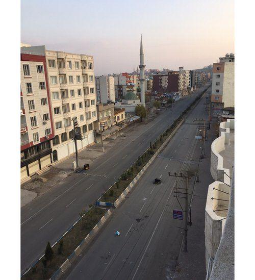 Kobane street in Cizre