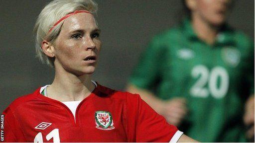 Jessica Fishlock, capten tîm merched Cymru