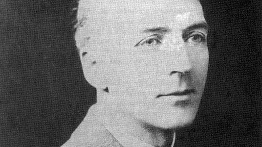 George M LL Davies un o wrthwynebwyr cydwybodol amlycaf y Rhyfel Mawr