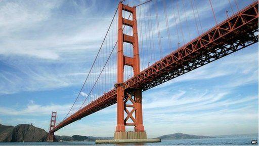 Mi wnaeth Elin fwynhau yn San Francisco - y 'Golden Gate' yn atgoffa Elin o Bont y Borth efallai?