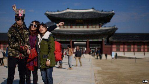 Korean's using selfie stick