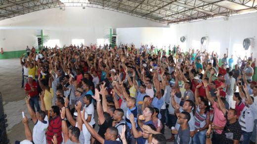 Trabalhadores da indústria de Pernambuco em manifestação do sindicato