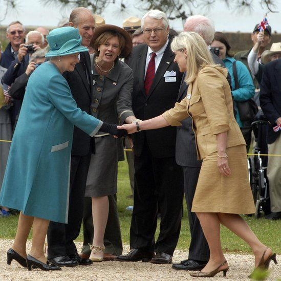 Bly Straube meeting the Queen