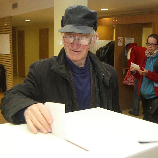 A vote in Vilnius (09 October 2016)