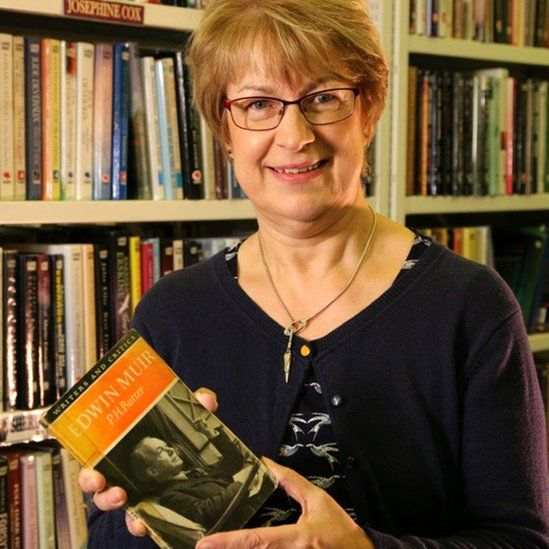 Librarian Maureen Drever