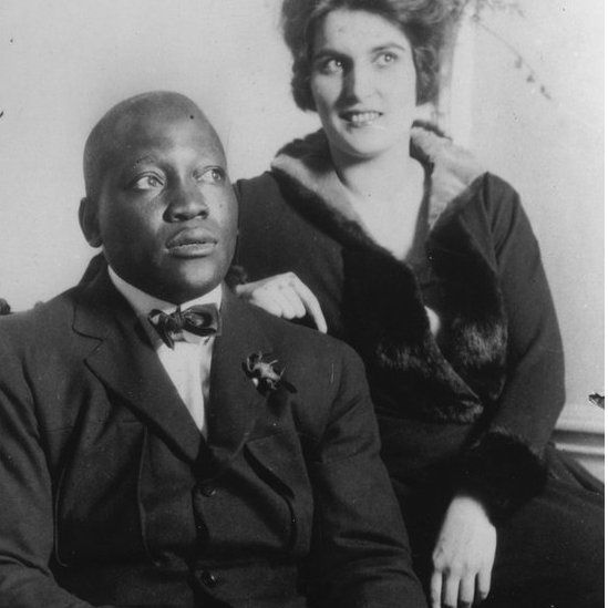 Johnson and his wife, photographed in 1924