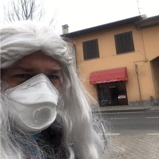 Shopping on the day of carnival in San Fiorano
