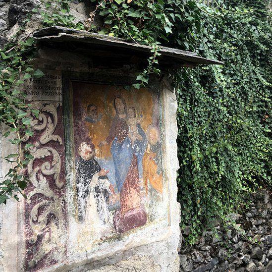 Corippo - old fresco