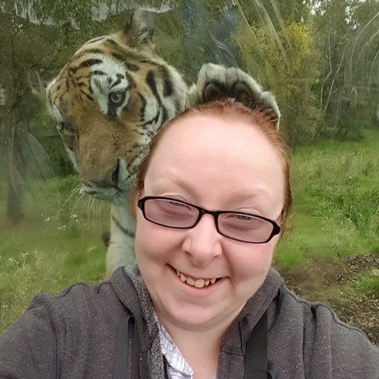 Donna Martin's selfie with tiger