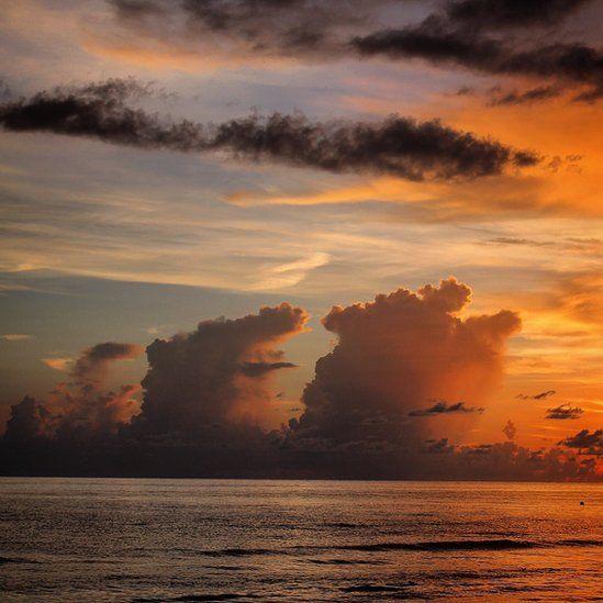 Clouds shaped like ships sails