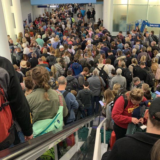 Crowds at O'Hare airport in Chicago