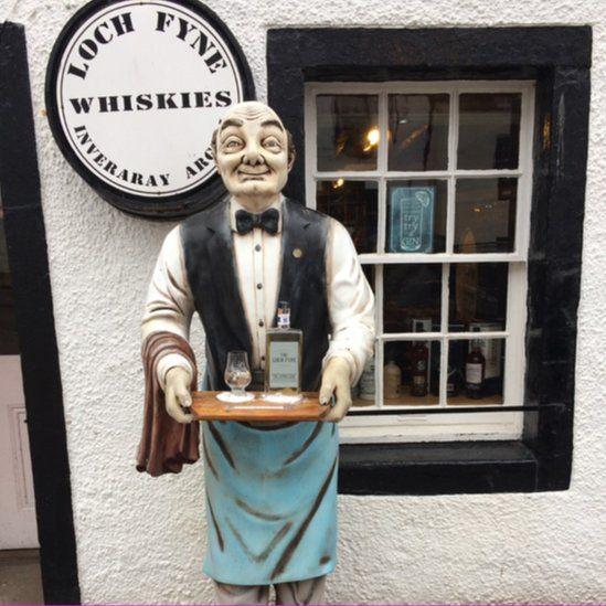 Loch Fyne Whiskies in Inveraray