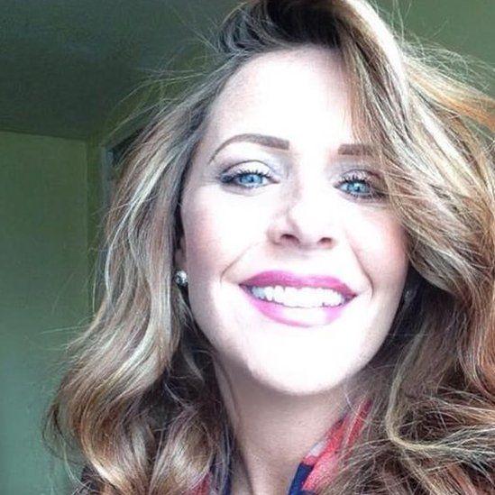 Cheryl Edwards o Gaernarfon