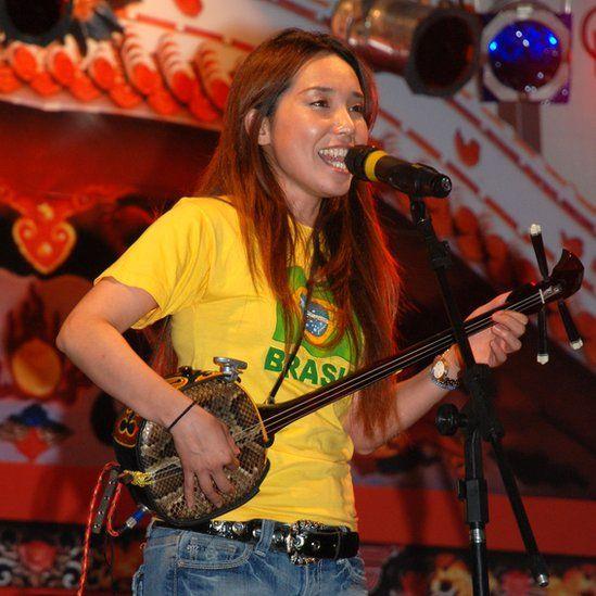 Megumi Gushi