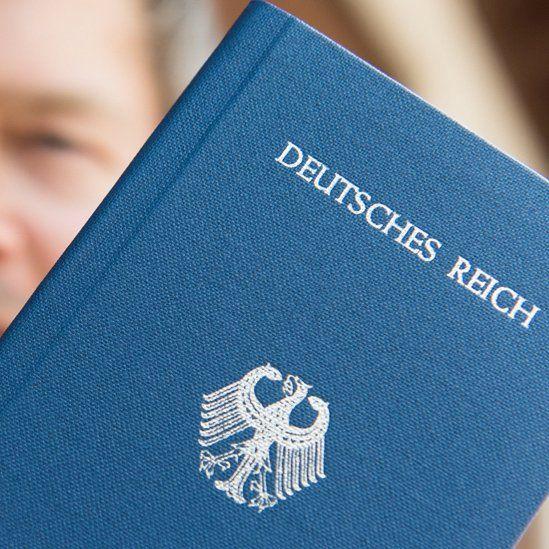 Fake German passport