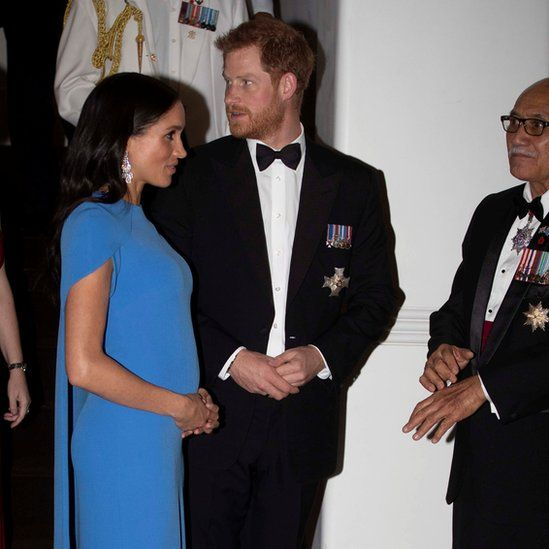 """Britain""""s Prince Harry and Meghan, the Duchess of Sussex, arrive for a reception and state dinner hosted by Fiji""""s President"""