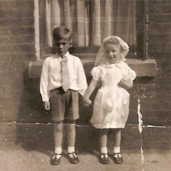 Carolyn Mercer (left), aged six, with her younger sister