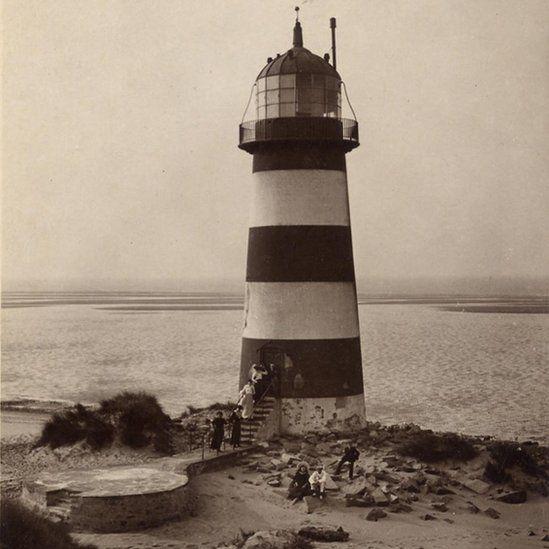 Undated black and white photo of Talacre lighthouse