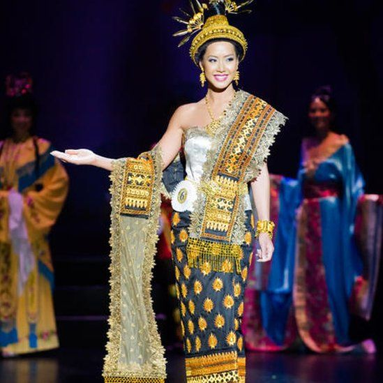 Amy at the Miss Asian America pageant