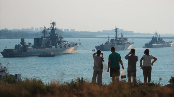 Флагман российского Черноморского флота ракетный крейсер