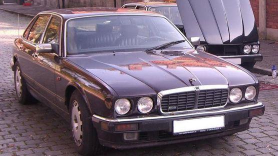 Jaguar XJR6 del sospechoso.