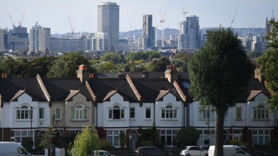 London house prices 'fall for first time in eight years'