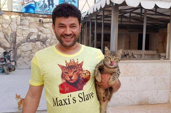 "Maxi's ""slave"""