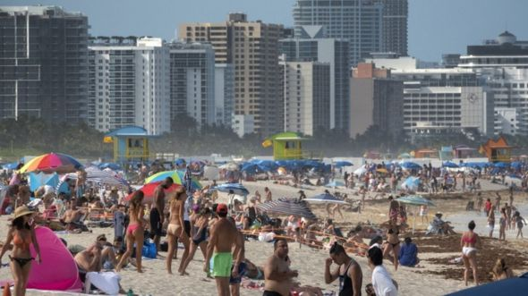 Crowds on Miami Beach, Florida 26 June 2020