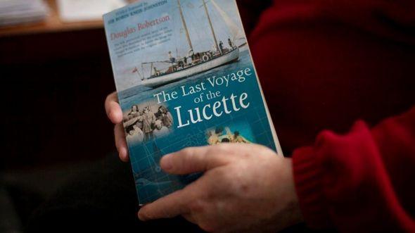 Как и отец, Дуглас Робертсон потом написал книгу обо всем, что случилось с его семьей в океане
