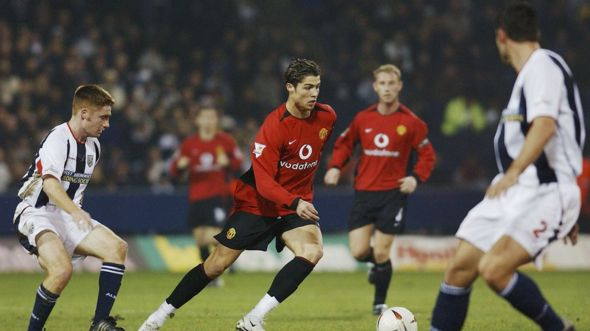 Ronaldo playing for Manchester united
