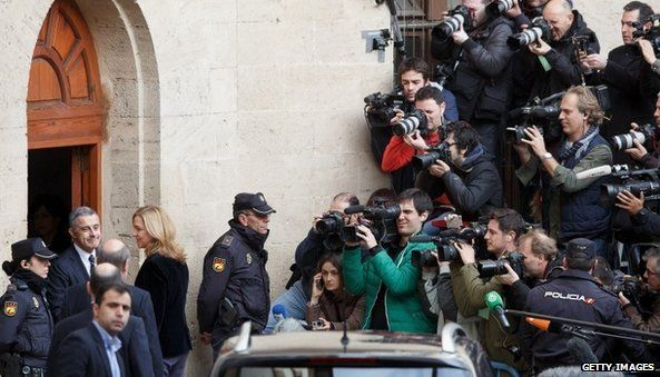 media outside the court