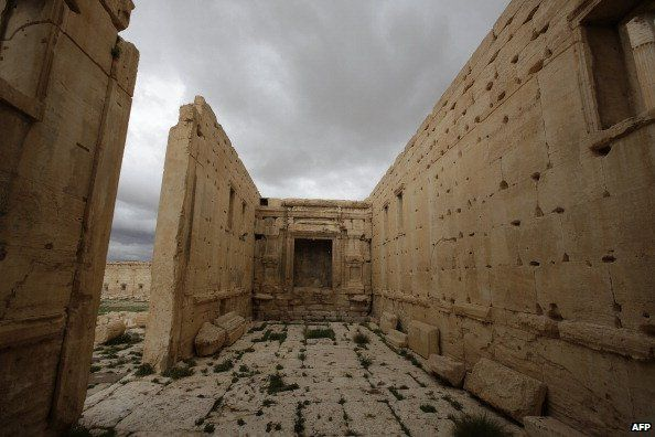 The inside of the sanctuary of Baal in the ancient oasis city of Palmyra (March 2014)