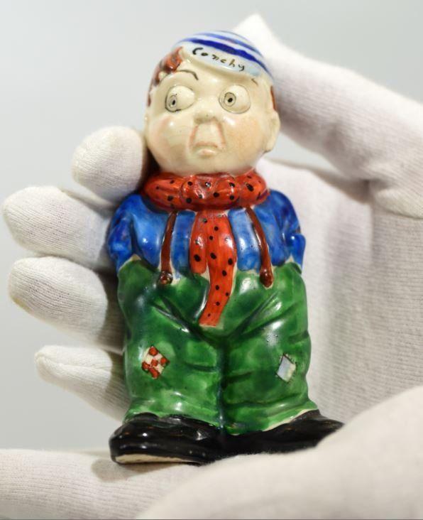 Conscientious objector ceramic sculpture