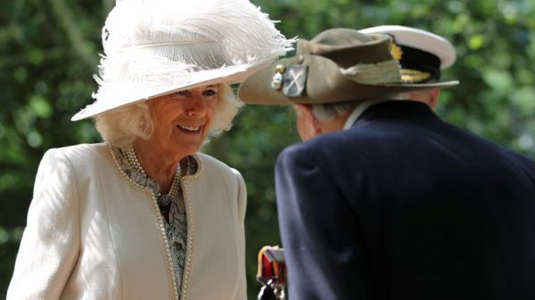 Duchess of Cornwall speaks with a World War Two veteran during the VJ Day National Remembrance event